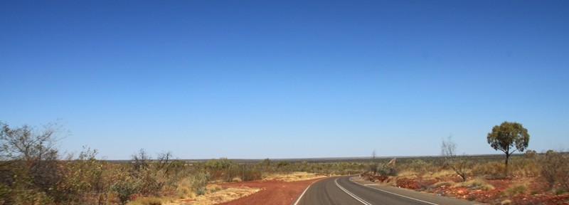 THE EXPLORER'S WAY – Anika & Olli on the Road